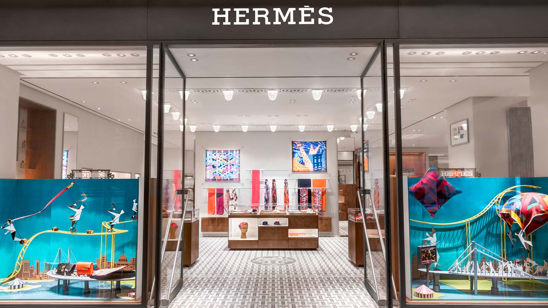 Hermes belongs to which country