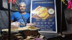 After Losing Job, Cruise Chef Sell Tasty Biryani At A Roadside Stall In Mumbai.